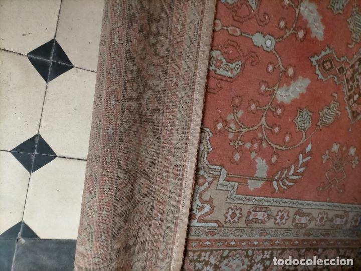 Antigüedades: gran alfombra, iglesia besamanos virgen cofradia , 230 x 167 - Foto 24 - 233075925