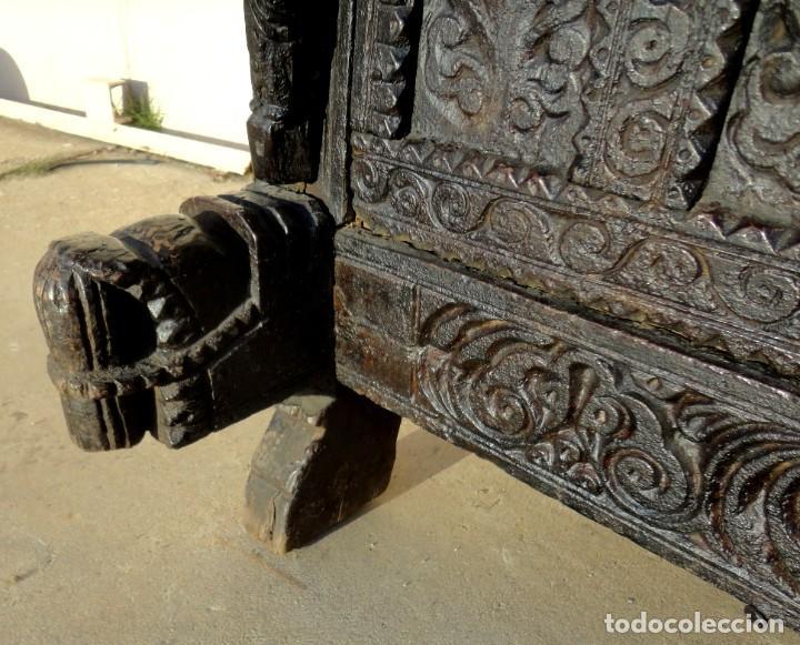 Antigüedades: Aparador, panera indu mueble oriental, en madera tallada - Foto 2 - 233084845