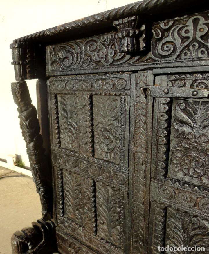Antigüedades: Aparador, panera indu mueble oriental, en madera tallada - Foto 3 - 233084845