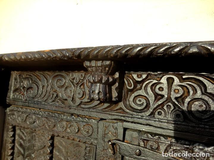 Antigüedades: Aparador, panera indu mueble oriental, en madera tallada - Foto 4 - 233084845