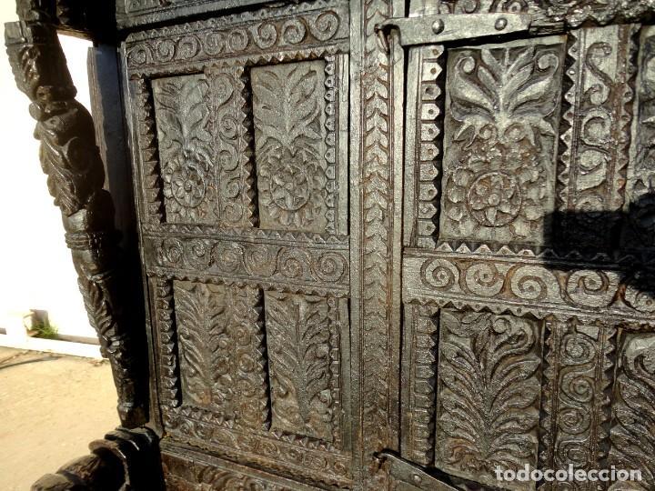 Antigüedades: Aparador, panera indu mueble oriental, en madera tallada - Foto 5 - 233084845