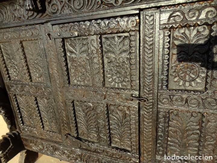 Antigüedades: Aparador, panera indu mueble oriental, en madera tallada - Foto 6 - 233084845