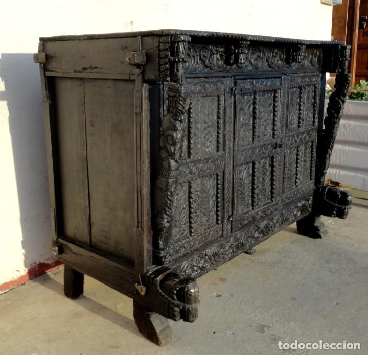 Antigüedades: Aparador, panera indu mueble oriental, en madera tallada - Foto 9 - 233084845