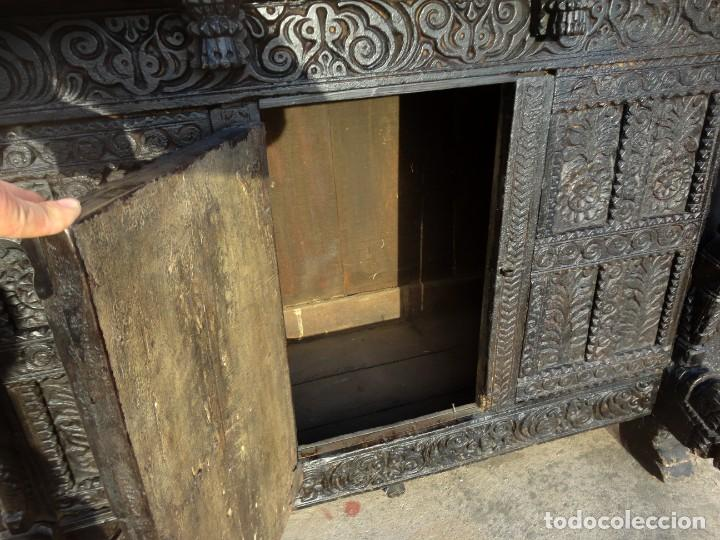 Antigüedades: Aparador, panera indu mueble oriental, en madera tallada - Foto 11 - 233084845