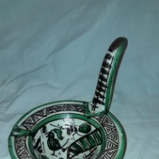 Antigüedades: BELLA PALMATORIA DE ACEITE CERÁMICA DOMINGO PUNTER Nº41 TERUEL. Lote 233187405