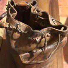Antigüedades: BOLSA ANTIGUA PARA LLEVAR CARTUCHOS CAZA. Lote 233207670