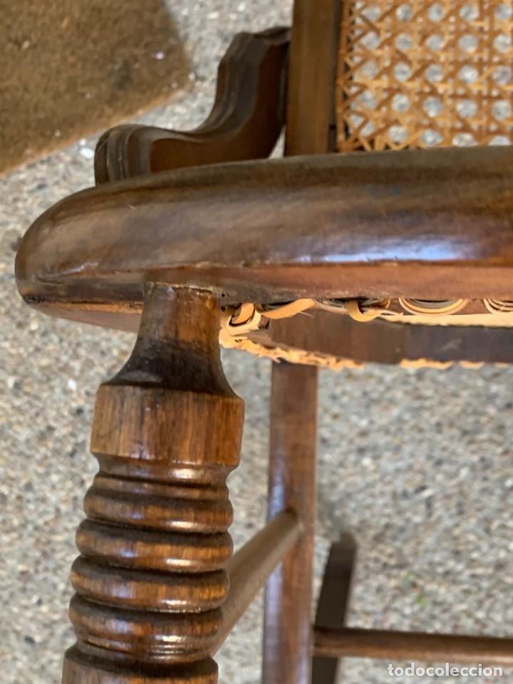 Antigüedades: PEQUEÑA MECEDORA MADERA CAOBA REJILLA MITAD S XIX ISABELINA 85X47CMS - Foto 20 - 233363070