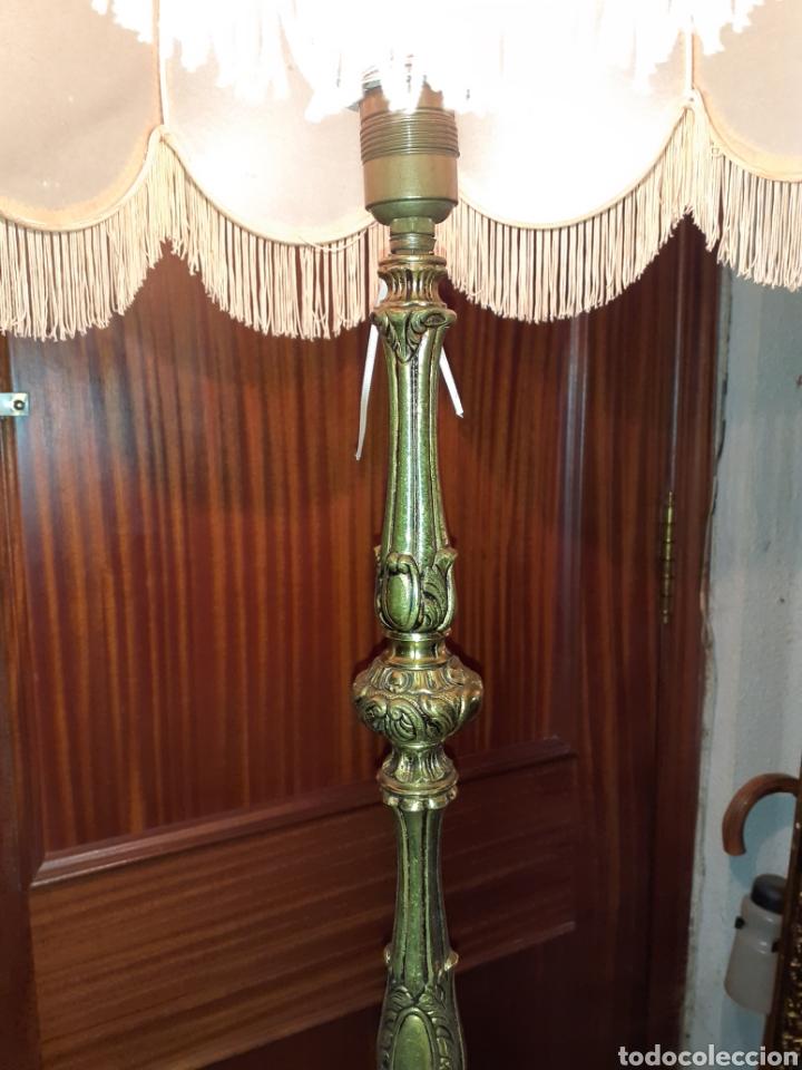 Antigüedades: Expectacular lampara de Pie de Bronce , 1,75 m de alta. - Foto 3 - 233364645