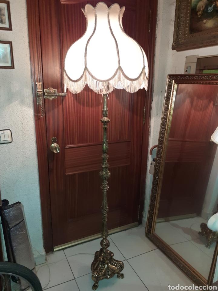 EXPECTACULAR LAMPARA DE PIE DE BRONCE , 1,75 M DE ALTA. (Antigüedades - Iluminación - Lámparas Antiguas)