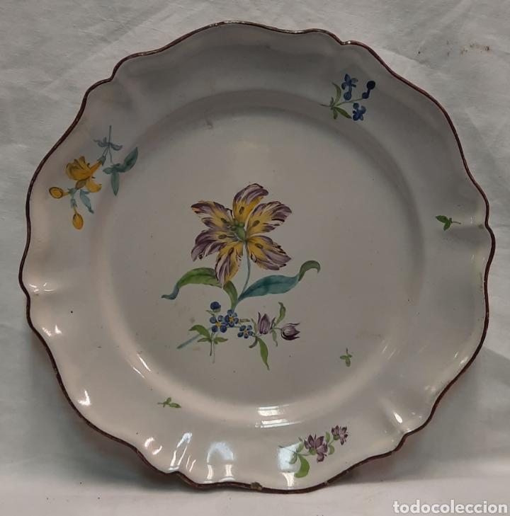 Antigüedades: Plato ceramica francesa moustiers - Foto 2 - 233371895