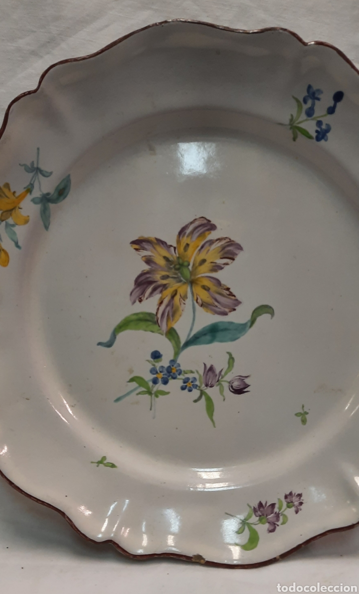 Antigüedades: Plato ceramica francesa moustiers - Foto 3 - 233371895