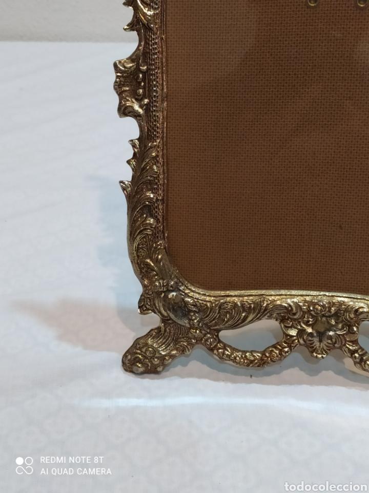 Antigüedades: Precioso marco antiguo de bronce - Foto 7 - 233381170