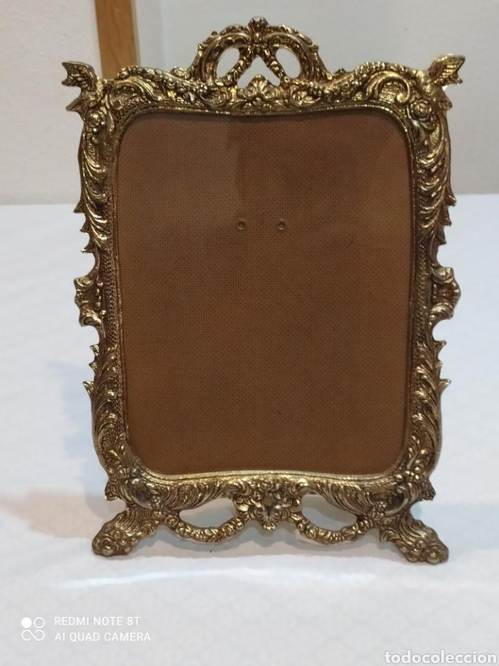 Antigüedades: Precioso marco antiguo de bronce - Foto 8 - 233381170