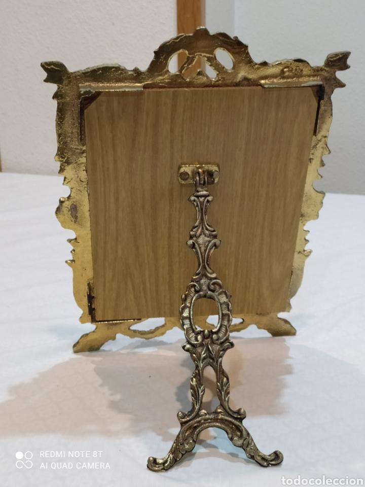 Antigüedades: Precioso marco antiguo de bronce - Foto 9 - 233381170