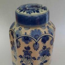 Antiquités: PEQUEÑO JARRÓN CERÁMICA DELFT. Lote 233386830