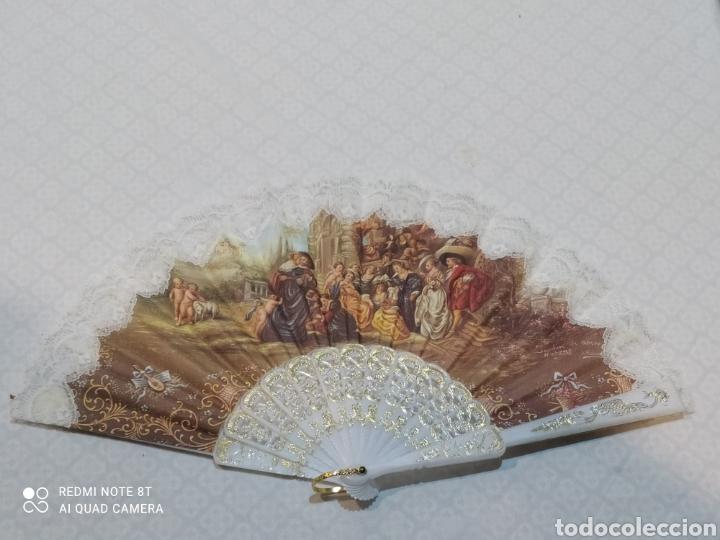 INCREÍBLE ABANICO ANTIGUO DE TELA (Antigüedades - Moda - Abanicos Antiguos)