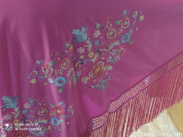 Antigüedades: Impresionante manton antiguo bordado a mano precioso - Foto 5 - 233454790