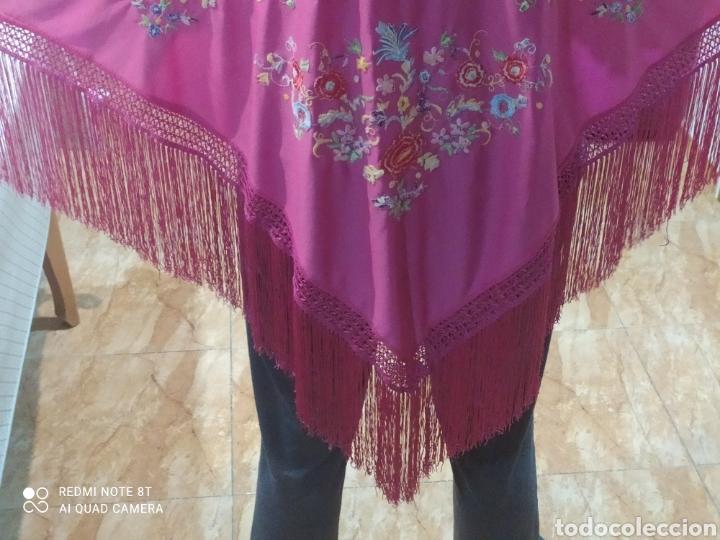 Antigüedades: Impresionante manton antiguo bordado a mano precioso - Foto 6 - 233454790