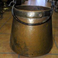 Antigüedades: HERRADA CALDERA DE COBRE ANTIGUA. Lote 233555395
