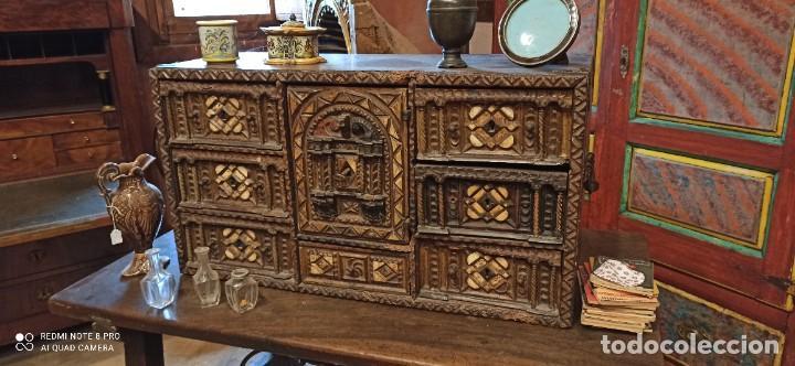 BARGUEÑO POLICROMADO SIGLO XVII (Antigüedades - Muebles Antiguos - Bargueños Antiguos)