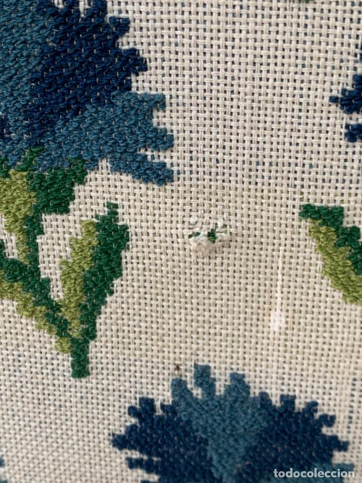 Antigüedades: pantalla chimenea nogal estilo luis Xiii luis XIV sxviii gros point flores 130x77x37cms - Foto 9 - 233707600