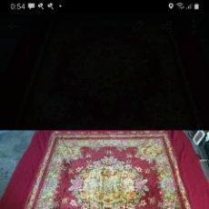 Antigüedades: ANTIGUA COLCHA TAPIZ CON ÁNGELES. Lote 266095708