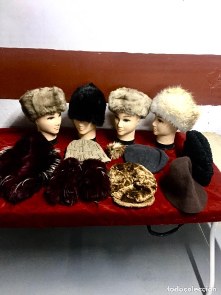Antigüedades: Enorme lote de pieles siberianas - Foto 3 - 233805850