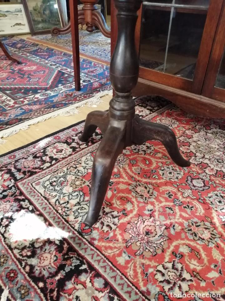 Antigüedades: Mesita auxiliar de caoba s. XVIII - Foto 3 - 233820565