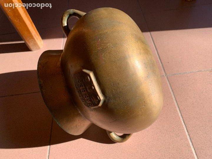 Antigüedades: Espectacular antigua OLLA BARBERI, OLOT, en bronce. Ver medidas. Pieza de coleccionista - Foto 2 - 234275305