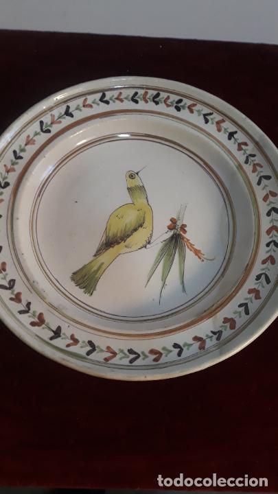 PLATO EN CERAMICA DE RIBESALBES SIGLO XIX RESTAURADO (Antigüedades - Porcelanas y Cerámicas - Ribesalbes)