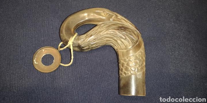 ANTIGUA EMPUÑADURA DE BASTÓN REALIZADA EN HASTA EN FORMA DE AVE (Antigüedades - Moda - Bastones Antiguos)