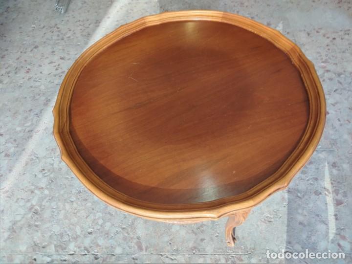 Antigüedades: Preciosa mesa de café isabelina de madera de roble con decoraciones talladas - Foto 7 - 234399695