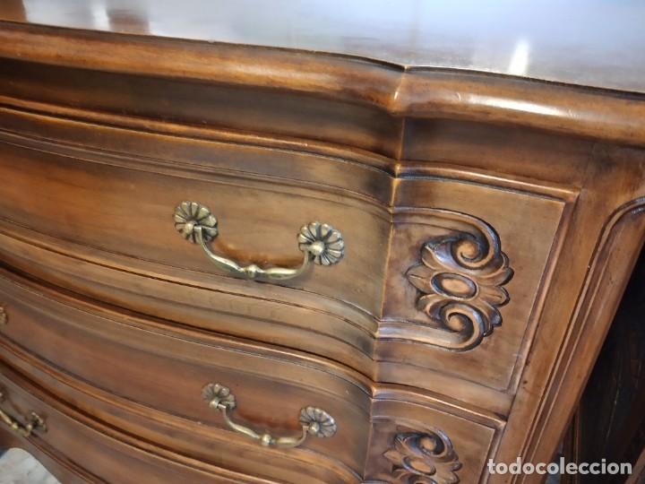 Antigüedades: Antigua cómoda de madera de roble. Estilo isabelino años 40,3 cajones, tiradores de bronce - Foto 7 - 234426370