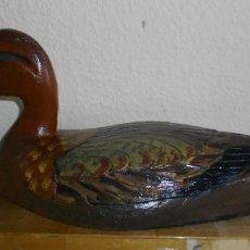 Antigüedades: RECLAMO PATO DE MADERA ( LALBUFERA - VALENCIA) ADAPTADO DECORACION. Lote 234446965