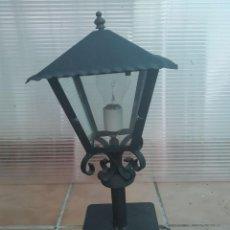 Antigüedades: CLASICO FAROL HIERRO IDEAL PARA SOBREMESA, COLUMNA JARDIN, TERRAZA, BALCON LAMPARA EXTERIOR. Lote 280321968