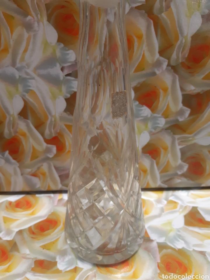 BOTELLA DE LICORD. CRISTAL TALLADO..VINTAGE (Antigüedades - Cristal y Vidrio - Otros)
