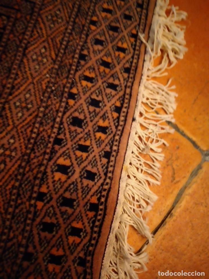 Antigüedades: Preciosa alfombra persa de Pakistán, tonos ocres y rojos. - Foto 6 - 234561275