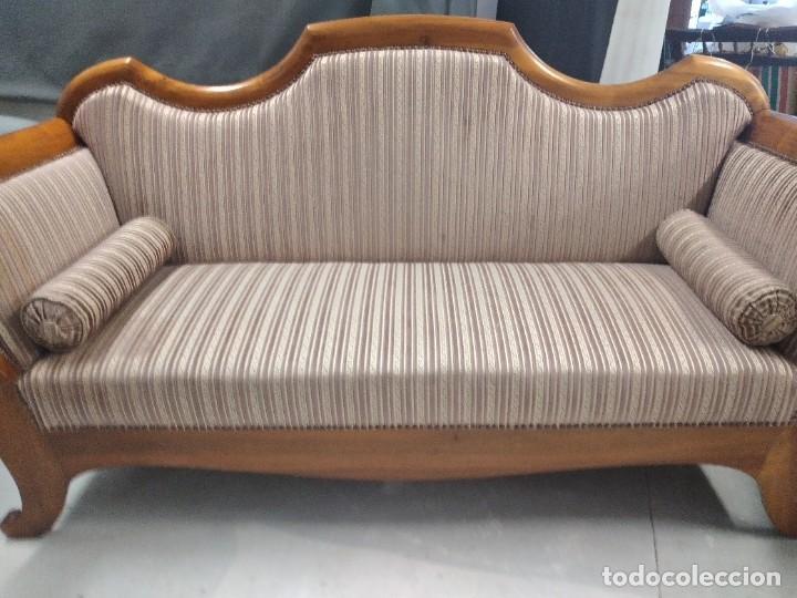 Antigüedades: Precioso sofá isabelino de madera noble, tapizad aterciopelado en rosa palido,con 2 cojines,1900 - Foto 8 - 234617210