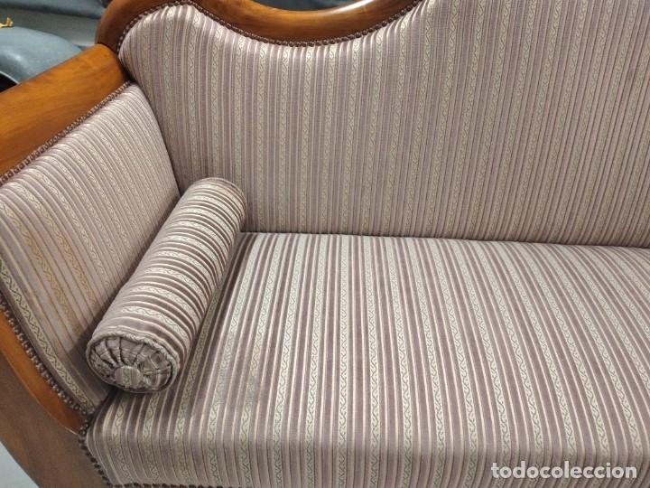 Antigüedades: Precioso sofá isabelino de madera noble, tapizad aterciopelado en rosa palido,con 2 cojines,1900 - Foto 9 - 234617210