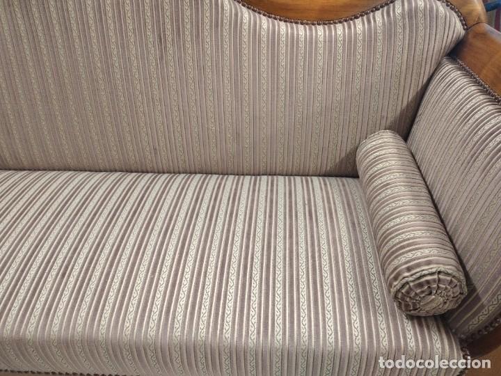 Antigüedades: Precioso sofá isabelino de madera noble, tapizad aterciopelado en rosa palido,con 2 cojines,1900 - Foto 10 - 234617210