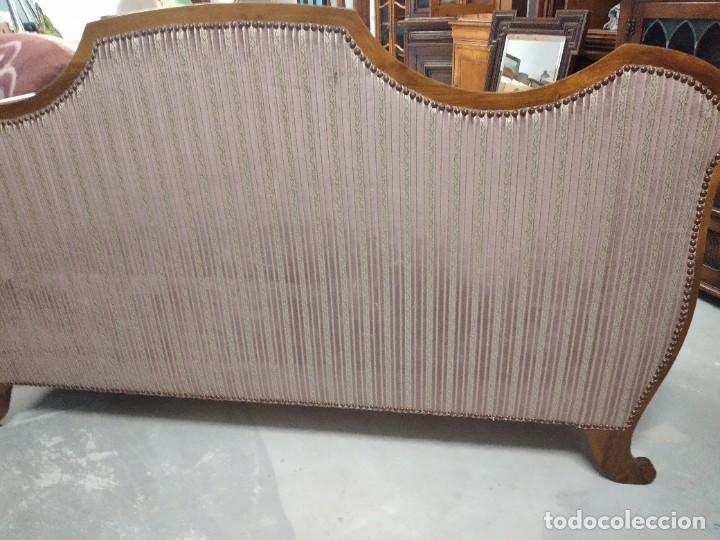 Antigüedades: Precioso sofá isabelino de madera noble, tapizad aterciopelado en rosa palido,con 2 cojines,1900 - Foto 14 - 234617210