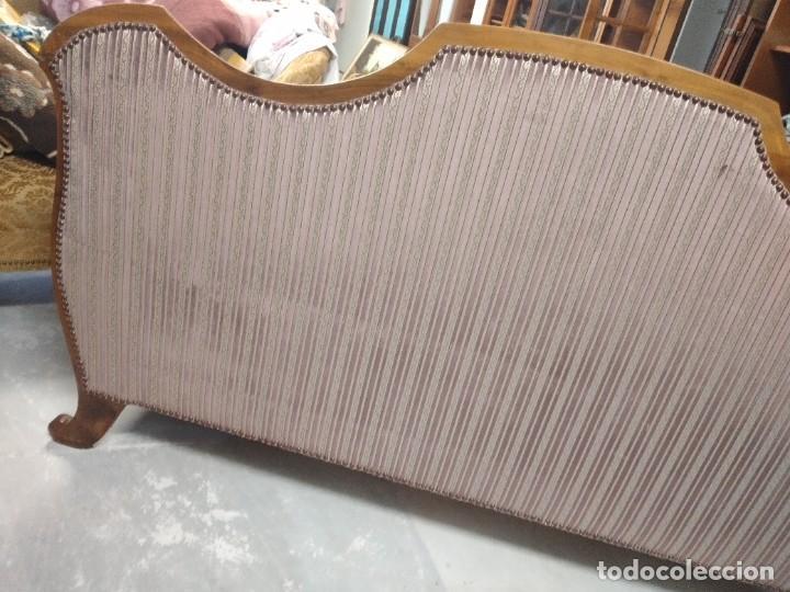 Antigüedades: Precioso sofá isabelino de madera noble, tapizad aterciopelado en rosa palido,con 2 cojines,1900 - Foto 15 - 234617210