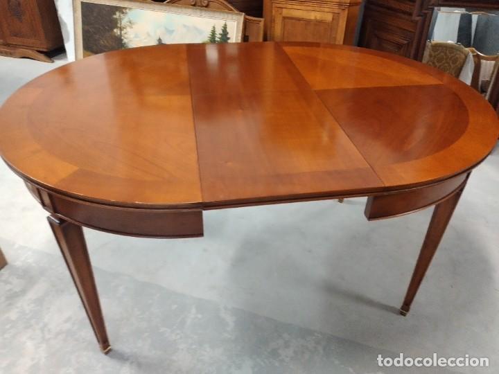Antigüedades: Preciosa mesa extensible de madera noble, con adornos de laton en las patas.años 40/60 - Foto 13 - 234617425
