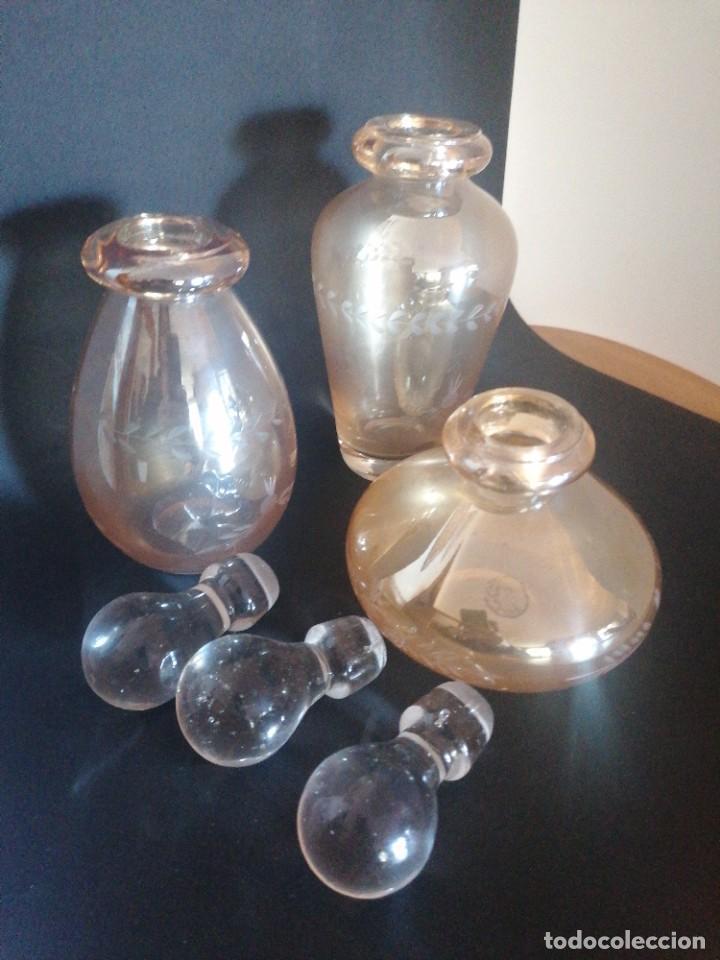 Antigüedades: Antiguo juego de tocador vidrio soplado y tallado GPS - Foto 8 - 234674970
