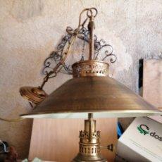 Antigüedades: LÁMPARA DE TECHO EN LATON. Lote 234691380