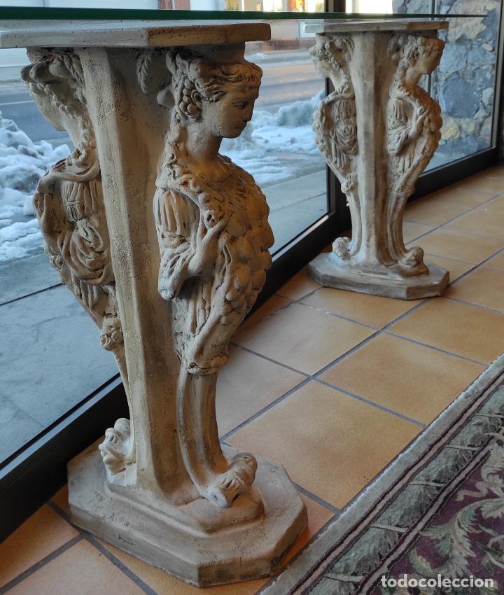Antigüedades: Curiosa Ménsula - Esfinges de Terracota - Sobre Cristal Biselado - Decorativa Consola, Mesa - Foto 10 - 234692945