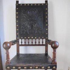 Antigüedades: MAGNÍFICO SILLÓN FRAILERO. Lote 234694765