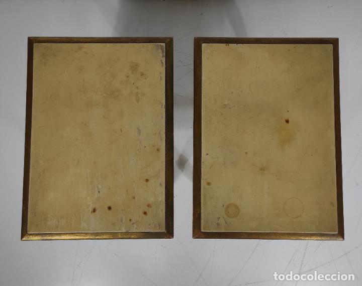 Antigüedades: Pareja de Mesitas de Noche - Mesas Auxiliares - Mesita Pintada y Dorada - Foto 5 - 234731790