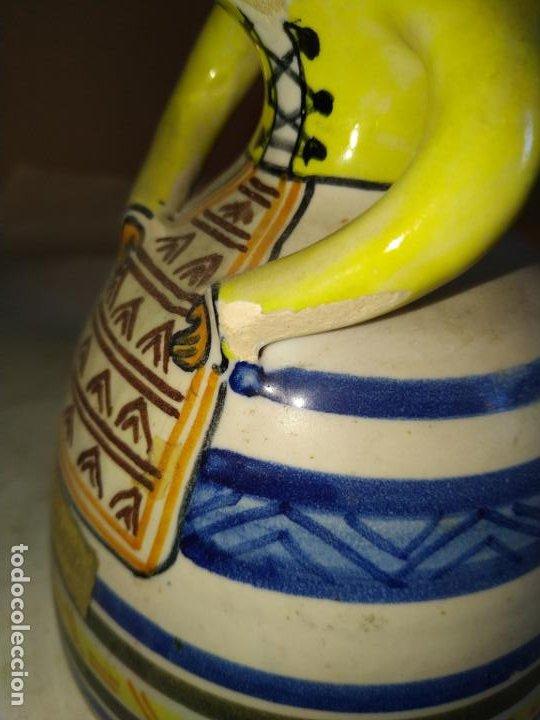 Antigüedades: 2 campanas ceramica Talavera ( Toledo ) de la Menora . Una de ellas en forma de mujer con mandil. - Foto 4 - 234761265