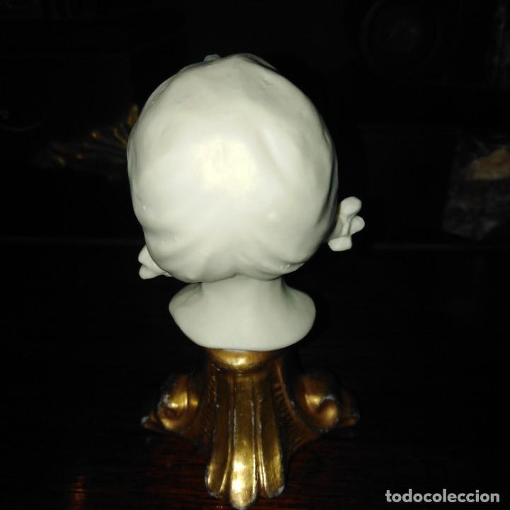 Antigüedades: Antigua figura de porcelana de biscuit de Capodimonte - Foto 4 - 234786245